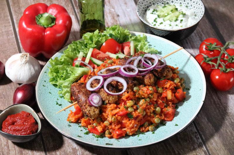 Vegetarische Cevapcici mit Djuvec Reis