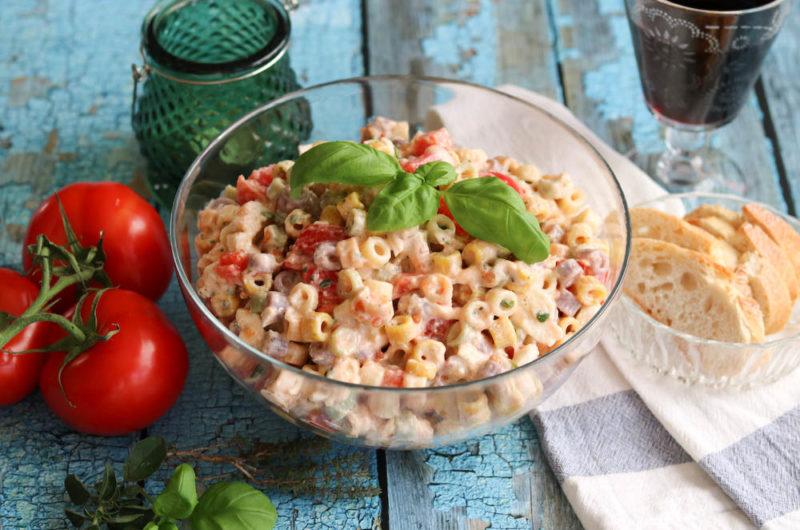 Nudelsalat Tomate-Mozzarella